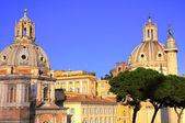 Palacio de venecia en la ciudad de roma — Foto de Stock