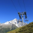 Chair lifts in front of the Mont-Blanc massif, France — Stock Photo