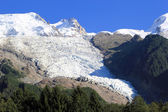 Glacier of Bossons and Mont-Blanc mountain, France — Stock fotografie