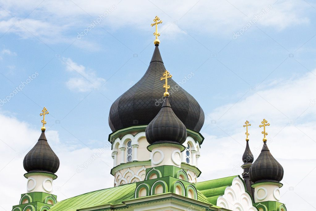 Russian orthodox church cupolas in Kiev, Ukraine — Stock Photo #3341827