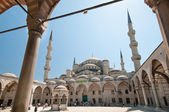 Sultan Ahmet Mosque on summer's day — Stock Photo