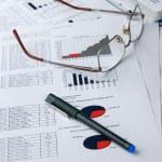 Financial analysis — Stock Photo #2784440