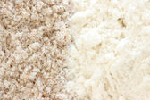 Flour - smooth and wholegrain types — Stock Photo