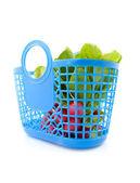 Bolsa de supermercado lleno de rábanos frescos — Foto de Stock