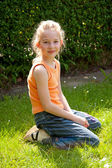 Liten blond flicka — Stockfoto
