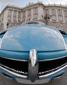 Futuristiska vintage bil — Stockfoto