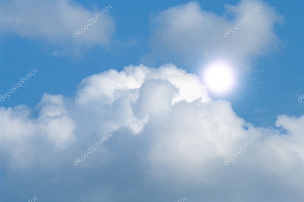 Beautyful cloudy blue sky with sun — Stock Photo #3661612
