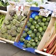 Fresh fruit and vegetables for sale — Stock Photo