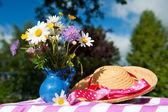 Wild flower bouquet — Stock Photo
