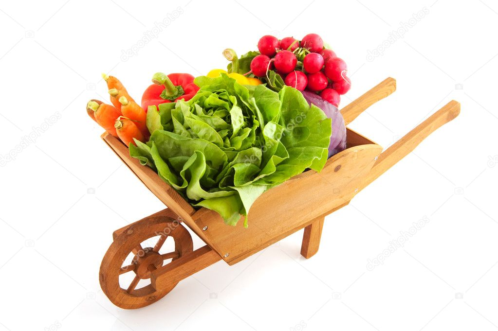 Wooden crate with a diversity of fresh vegetables  Foto Stock #3725270