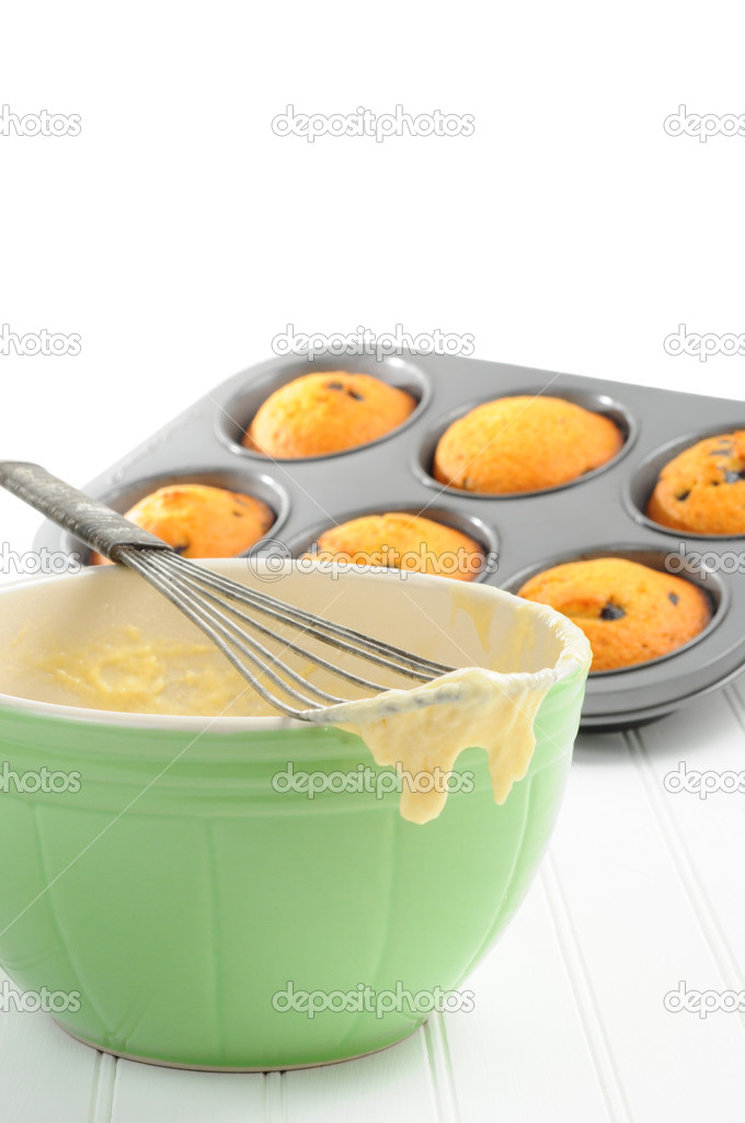 Utensils used for baking  homemade blueberry muffins. — Stock Photo #3585515
