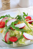 Healthy vegetable salad with low calorie — Stock Photo