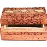 Wooden box — Stock Photo #3032056