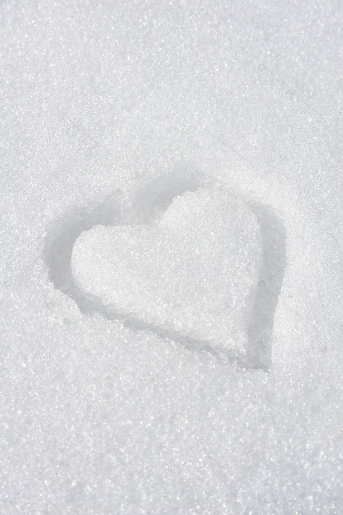 Heart on the snow — Stock Photo #2756214