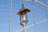 Lamp on Brooklyn Bridge in New York City — Stock Photo