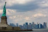 Vrijheidsbeeld in new york city — Stockfoto