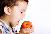 孩子吃得健康 — 图库照片