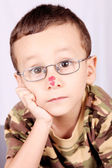 Kind mit linsen — Stockfoto