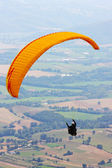 Para-glider in the alps — Stock Photo