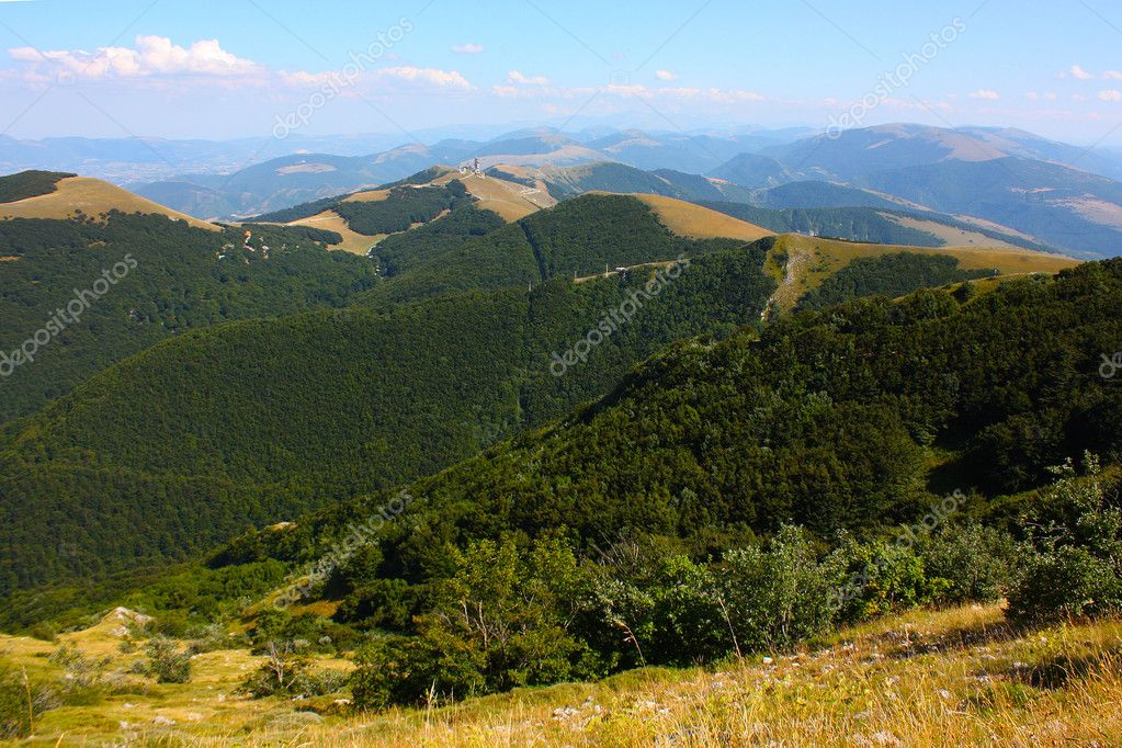 Apennines beauty taken in Italy on the Monte Cucco mountain — Stock Photo #3784133