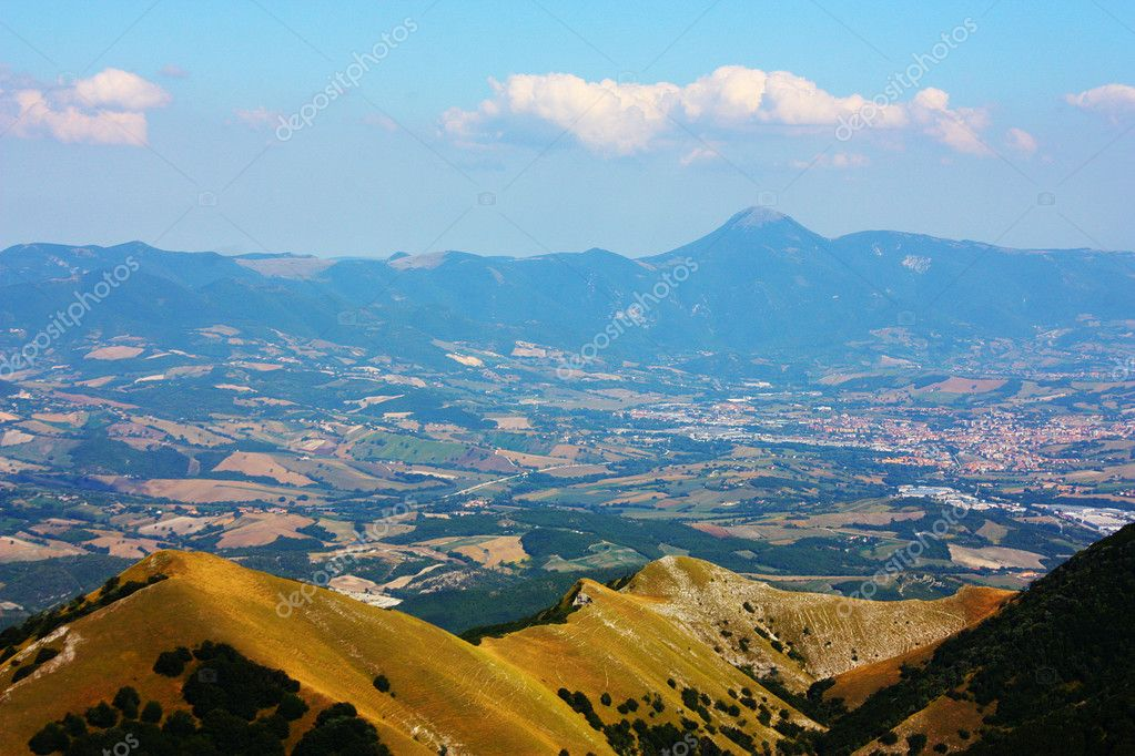 Apennines beauty taken in Italy on the Monte Cucco mountain — Stock Photo #3784228
