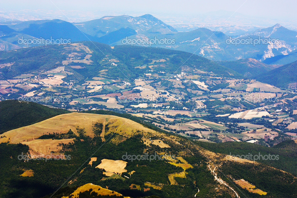 Apennines beauty taken in Italy on the Monte Cucco mountain — Stock Photo #3784234