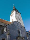 Niguliste 教会在旧塔林 — 图库照片