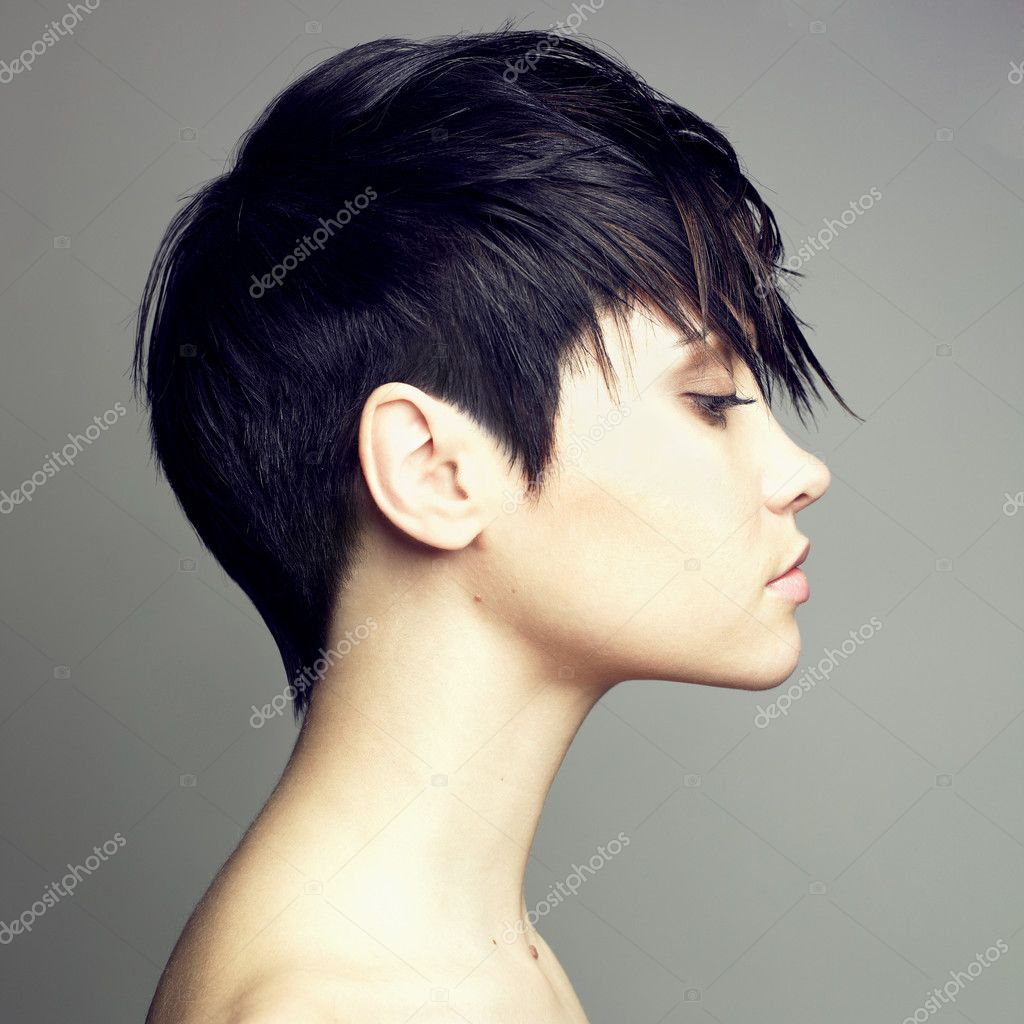 Portrait of beautiful sensual woman with elegant hairstyle — Stock Photo #2858002