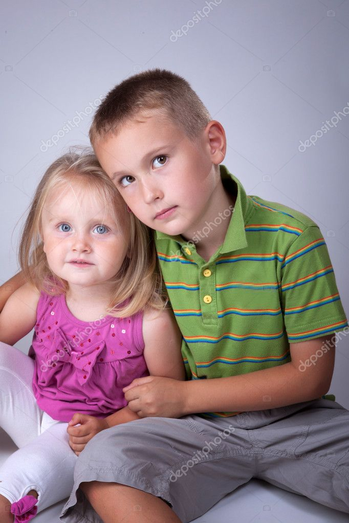 Big brother with his little sister portrait — Stock Photo #3564337