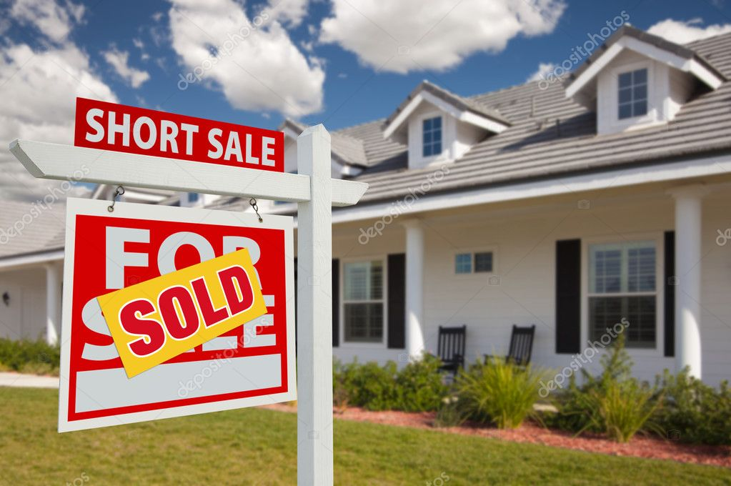 Sold Short Sale Home For Sale Real Estate Sign in Front of New House - Left Facing. — Stock Photo #2806840