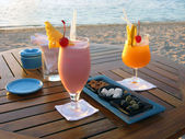 Cocktail by the beach in Mauritius — Stock Photo