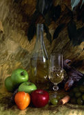 White wine and fruist — Stock Photo