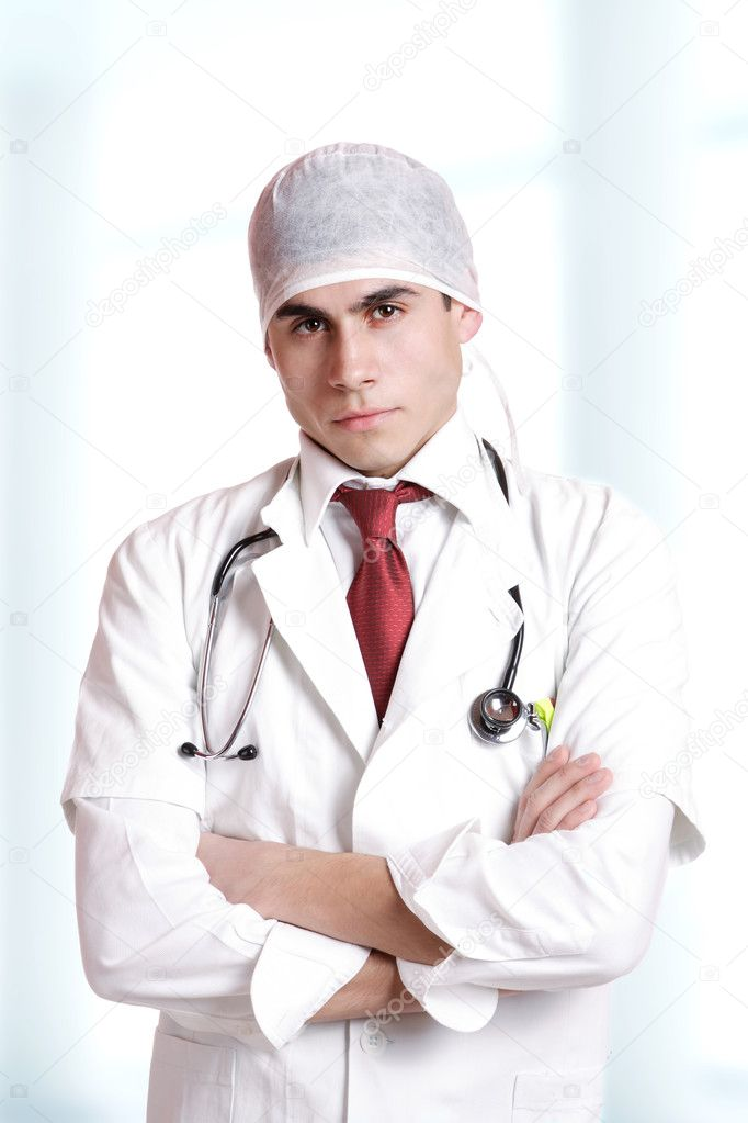 Closeup portrait of a young doctor — Stock Photo #3008807