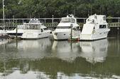 Boats in marina — Stock Photo