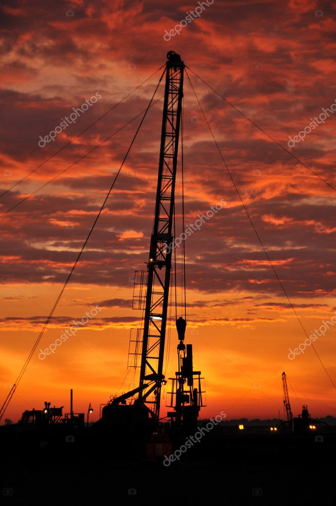 Oil industry, kacaljka, oil extraction, production of oil, fuel, iron, metal — Stock Photo #3296448