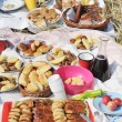 Arranged meals and cakes — Stockfoto
