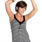 Танцующая девушка музыки — Стоковое фото