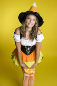 Cute halloween meisje — Stockfoto