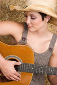 Country Guitar Woman — Stock Photo