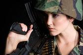 Askeri kadın — Stok fotoğraf