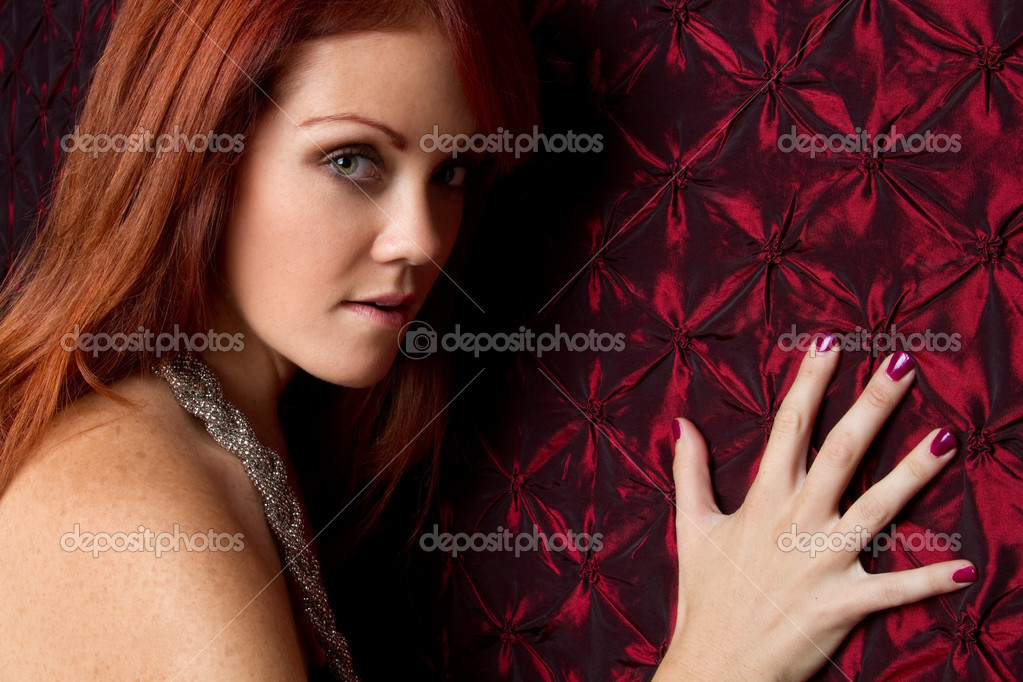 Beautiful young redhead woman — Stock Photo #3889850