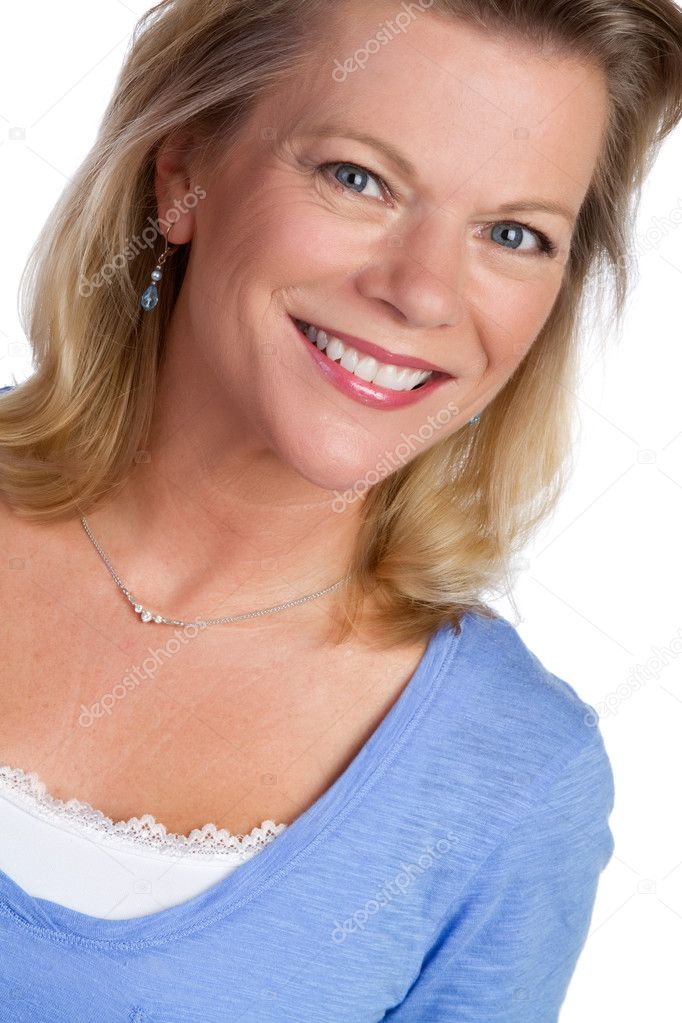 Beautiful smiling blond woman portrait — Stock Photo #3923129