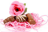 Pink rose and chocolate for valentine — Stock Photo