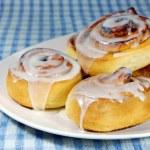 Cinnamon rolls on Plate — Stock Photo #3262724