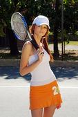 Sexy brunette woman playing sports — ストック写真