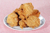 Fried chicken on a plate — Stock Photo