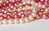 ピンクとクリーム色の真珠 — ストック写真