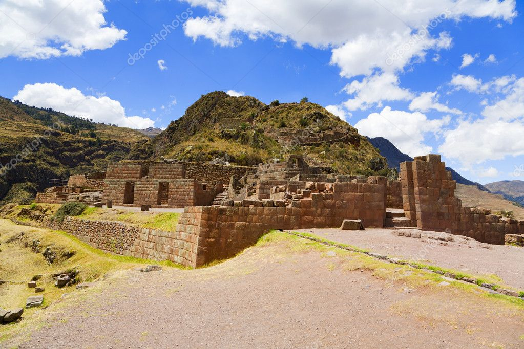 Ruins of the Temple of the Sun at Pisac near Cusco, Peru — Stock Photo #2706043