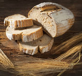 Zátiší s chlebem a uši — Stock fotografie