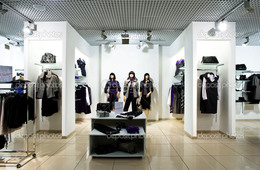 Interior of shop of clothes — Stockfoto #2759337